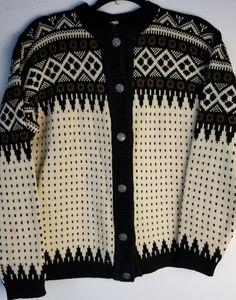 Vintage Olav Kvalitet Nordic Wool Cardigan Sweater